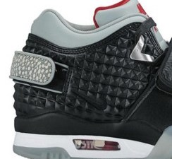 Nike Combines Past Designs For Victor Cruz s First Signature Training Shoe ca575565d