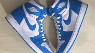 e6570dff9725 Detailed Look at The Air Jordan 1 Retro High OG  UNC  for 2015