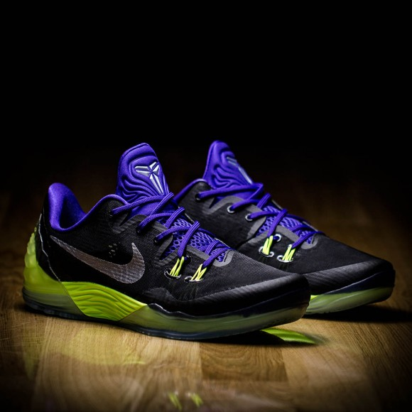 5ebb09729a9d The Nike Zoom Kobe Venomenon 5  Joker  - WearTesters