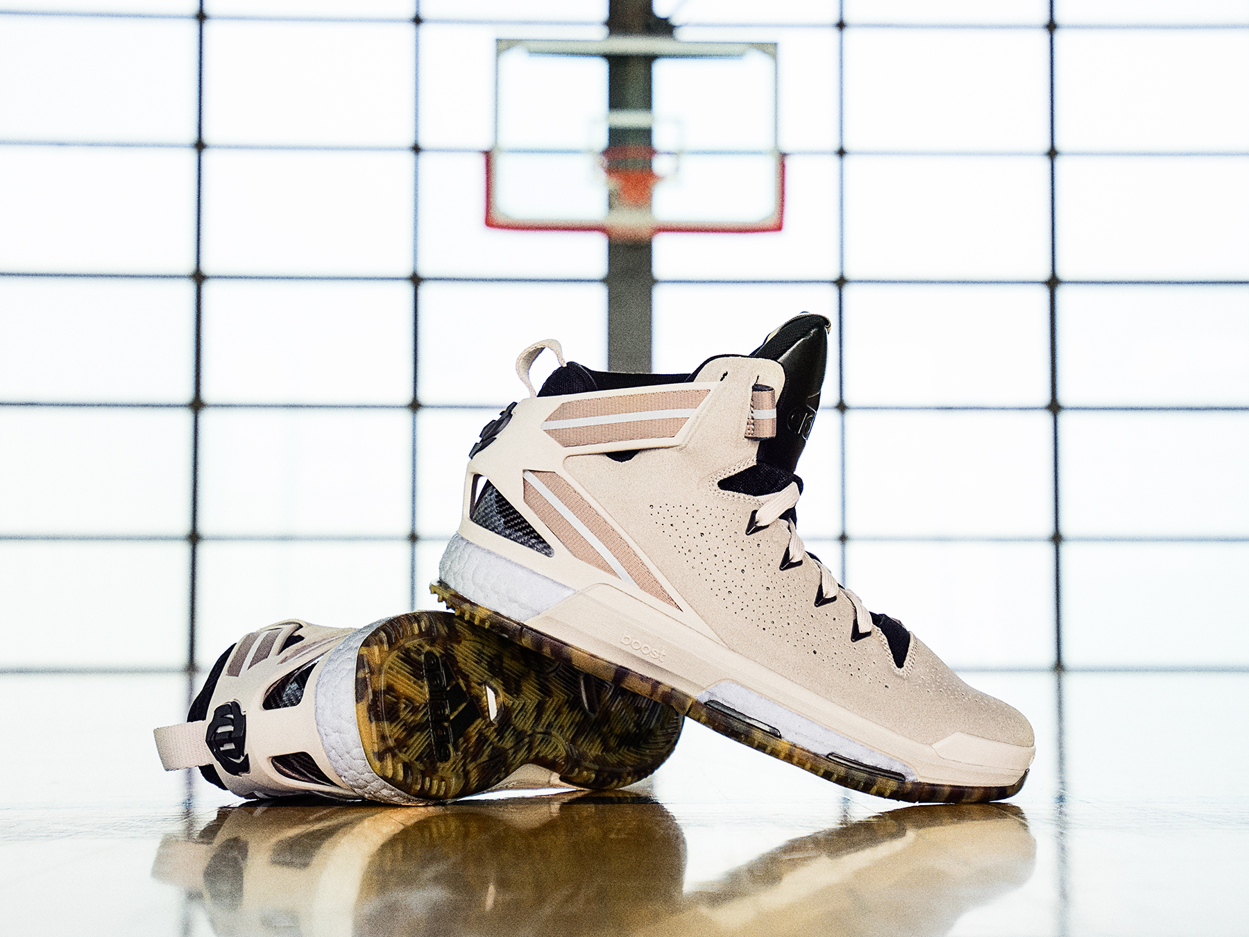 An Official Look at the adidas D Rose 10 Year WearTesters