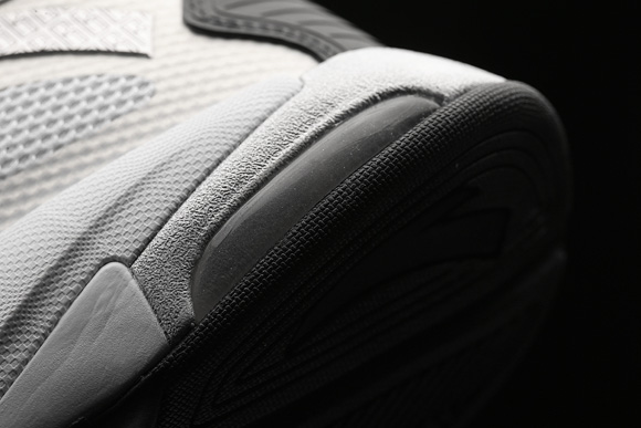 Get up Close and Personal with the ANTA KG6 5