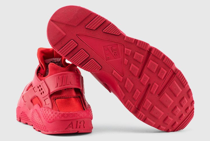 huge discount 9afb3 fba69 The All-Red Nike Air Huarache Has Restocked