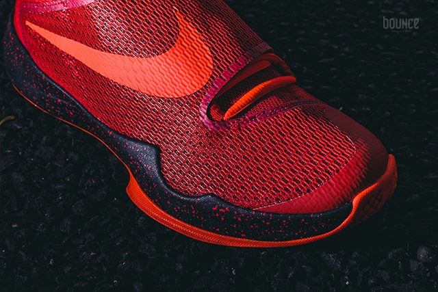 Get Up Close and Personal with the Nike HyperRev 2016 8