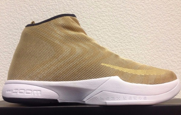 brand new 1cba5 9a2b1 Detailed Look at the Nike Zoom Kobe Icon in Metallic Gold - WearTesters