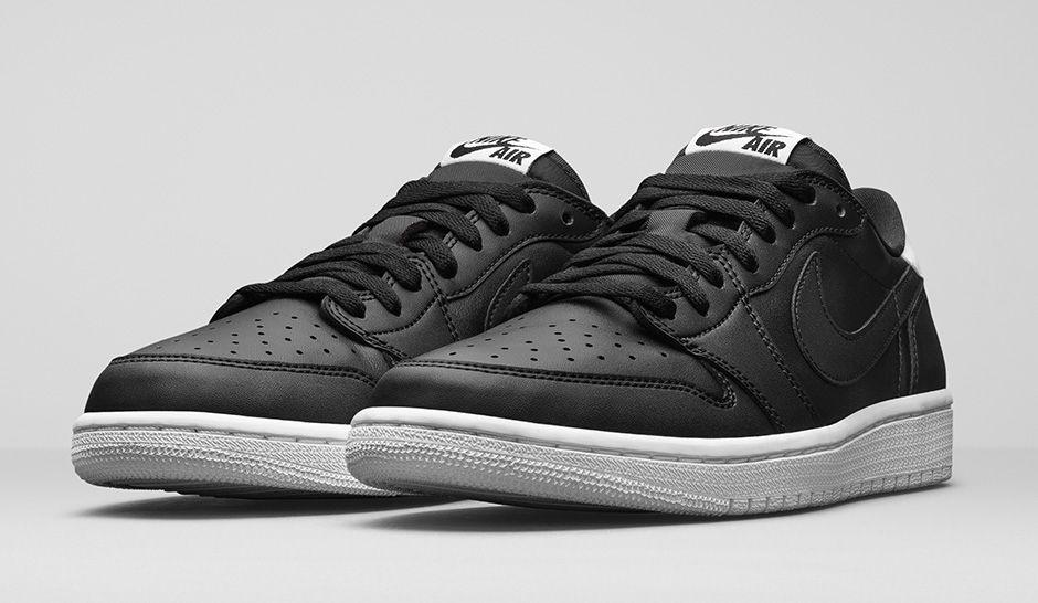 fa1ec27e49a45c Get an Official Look at The Air Jordan 1 Retro Low OG in Black ...