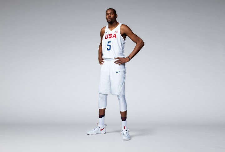 e6b7a0d0d2e FY16_INNO_BB_AEROSWIFT_USAB_KDURANT_MNS_original (1000x678). Pioneering Nike  Vapor basketball uniforms ...