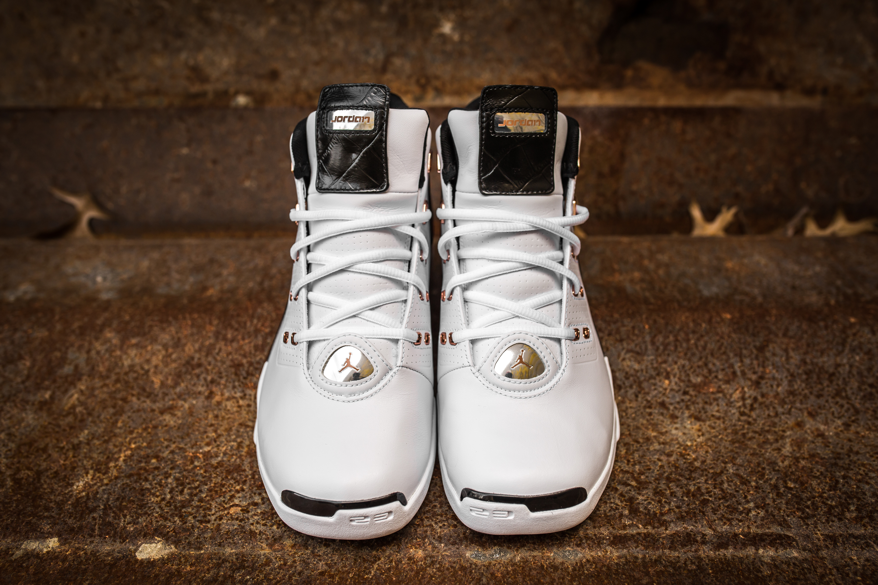 231ed31b61159d Take an Intimate Look at the Air Jordan 17+ Retro  Copper -2 ...