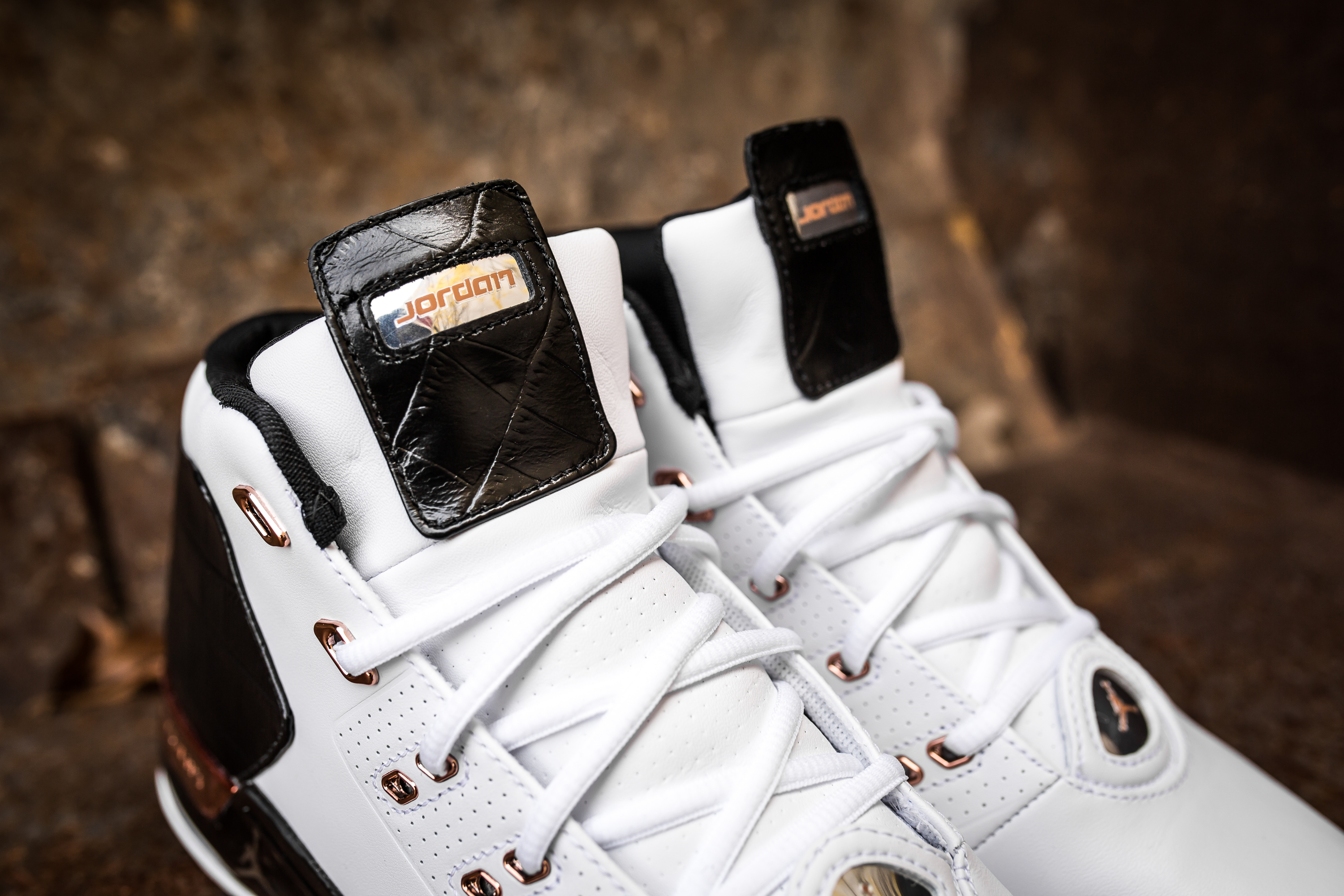 d72c06da88e0b5 Take an Intimate Look at the Air Jordan 17+ Retro  Copper -5 ...