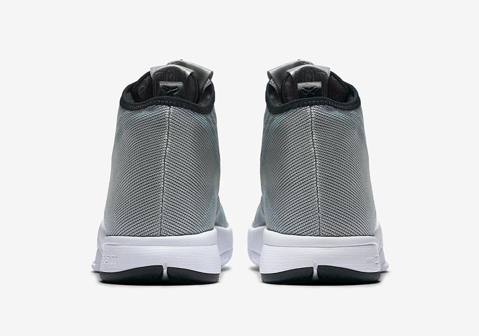 eff38fd344e1 The Nike Zoom Kobe Icon Now Comes in Metallic Silver 5 - WearTesters