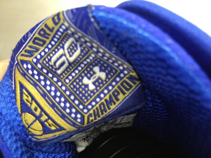 Under Armour Unveils the Curry 2 'Gold Rings'-5
