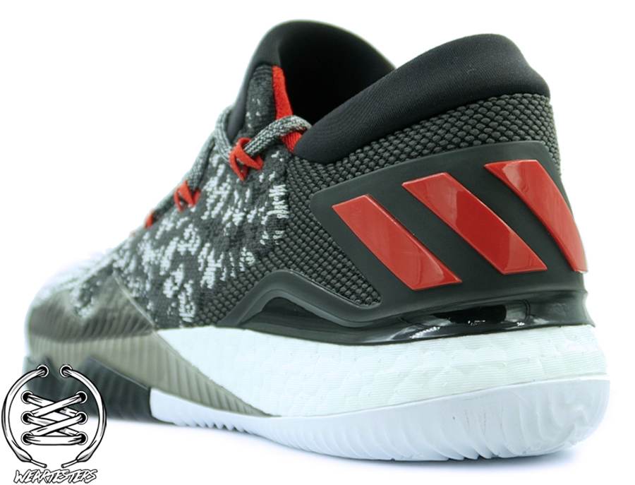 bc35792d7268 ... usa adidas crazylight boost 2016 primeknit detailed look and review 3  e51be af7e9