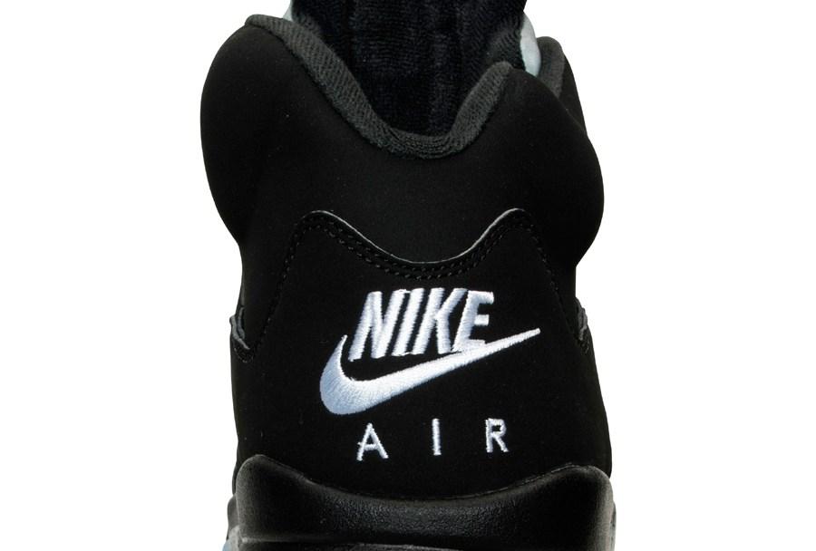 c09403c4eb3609 Get an Official Look at the Upcoming Air Jordan 5 Retro in Black ...