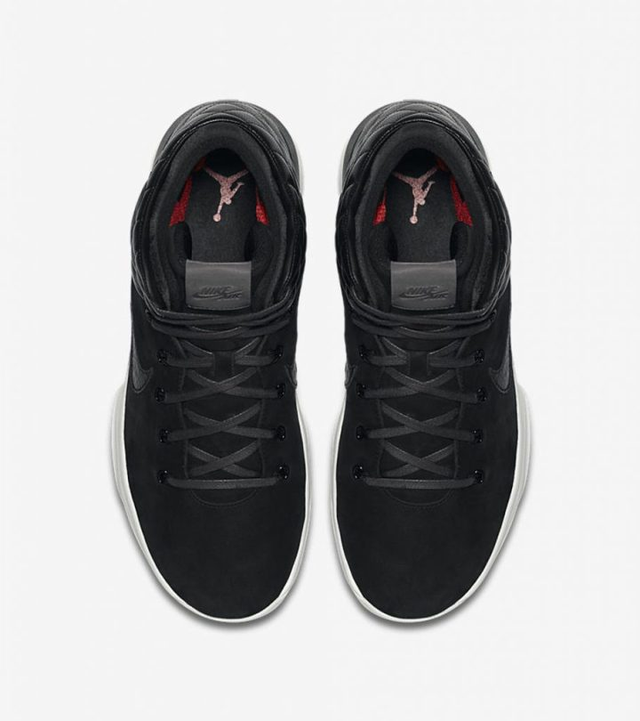 the-air-jordan-31-goes-premium-with-the-black-cat-edition-4