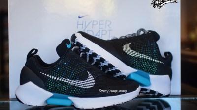Nike HyperAdapt 1.0 Black-White/Blue Lagoon 4