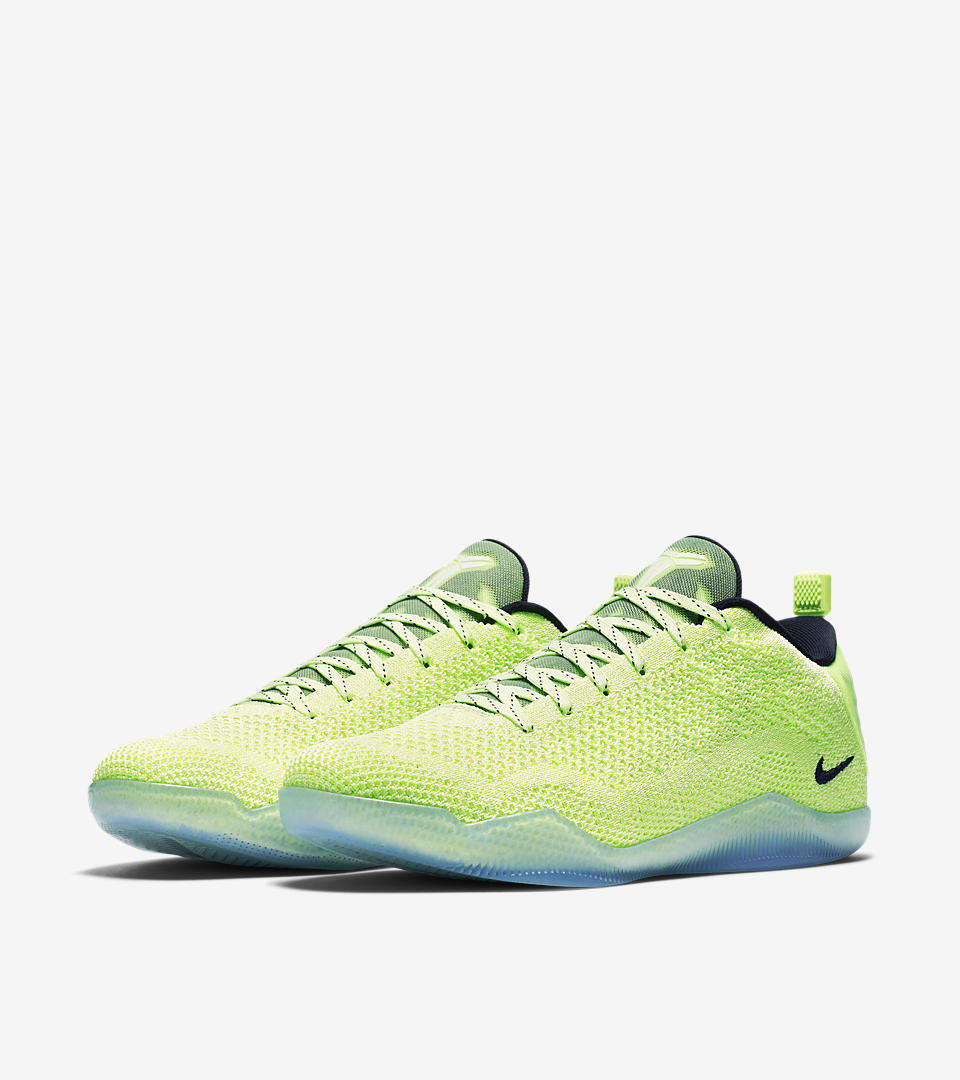 A Detailed Look at the Kobe XI Elite Low \'Ghost of Christmas Past ...