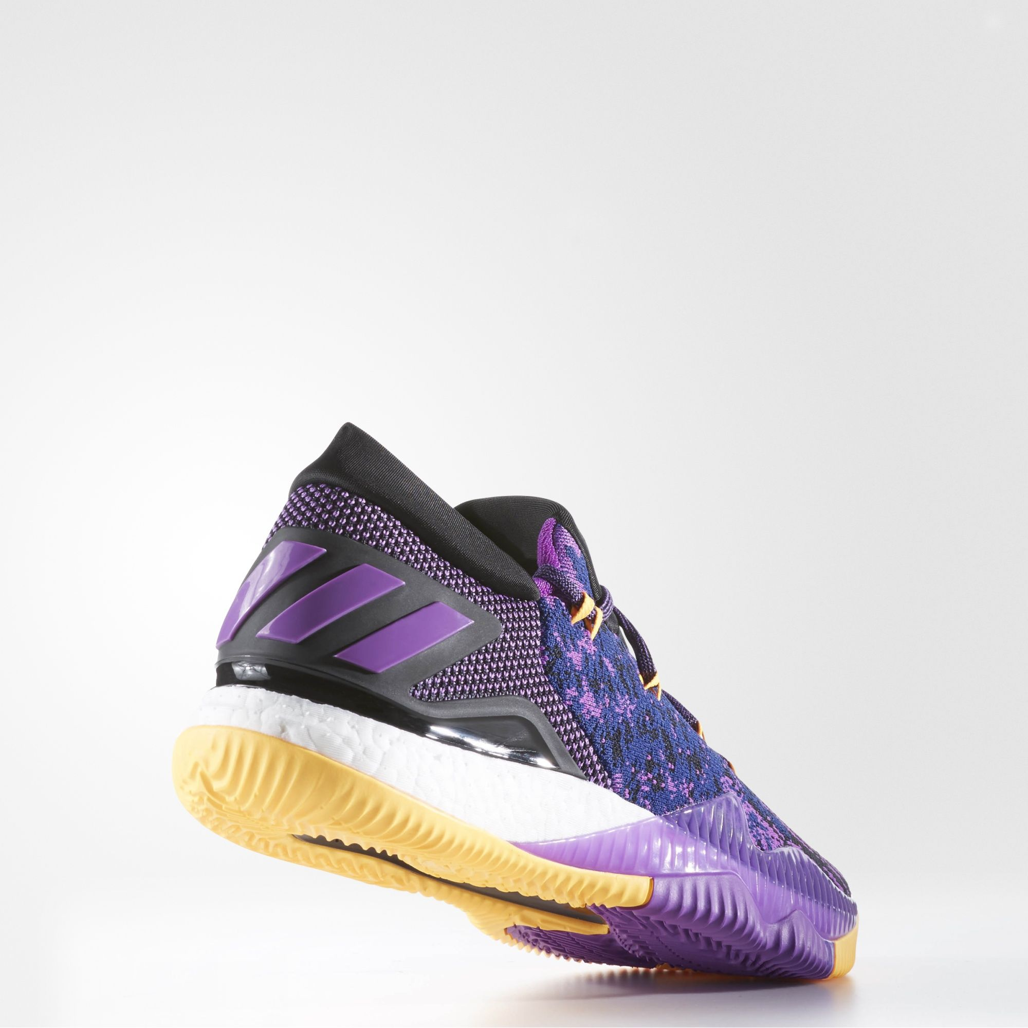 size 40 7cc4d c02c3 adidas Crazy Light Boost 2016 Primeknit Swaggy P - Heel Angle · adidas    Kicks On Court ...
