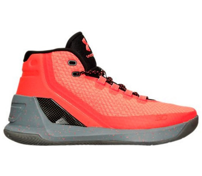 e7e2072f The Under Armour Curry 3 'Red Hot Santa' is Releasing on ...