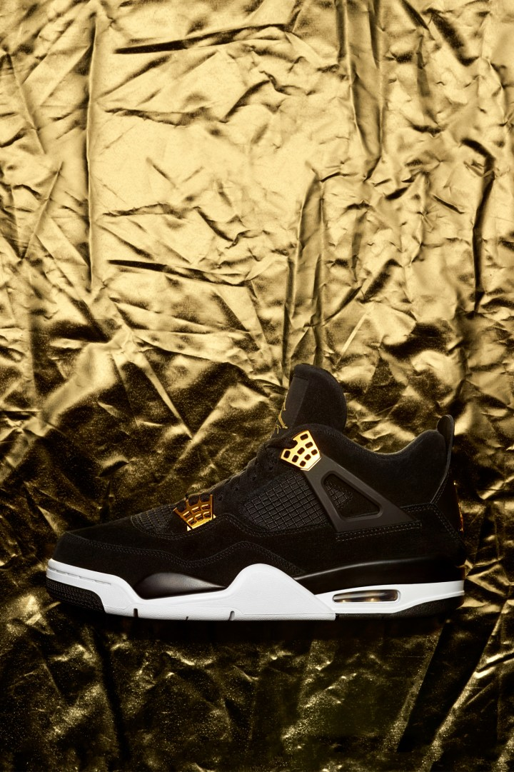 Air Jordan 4 Royalty 1