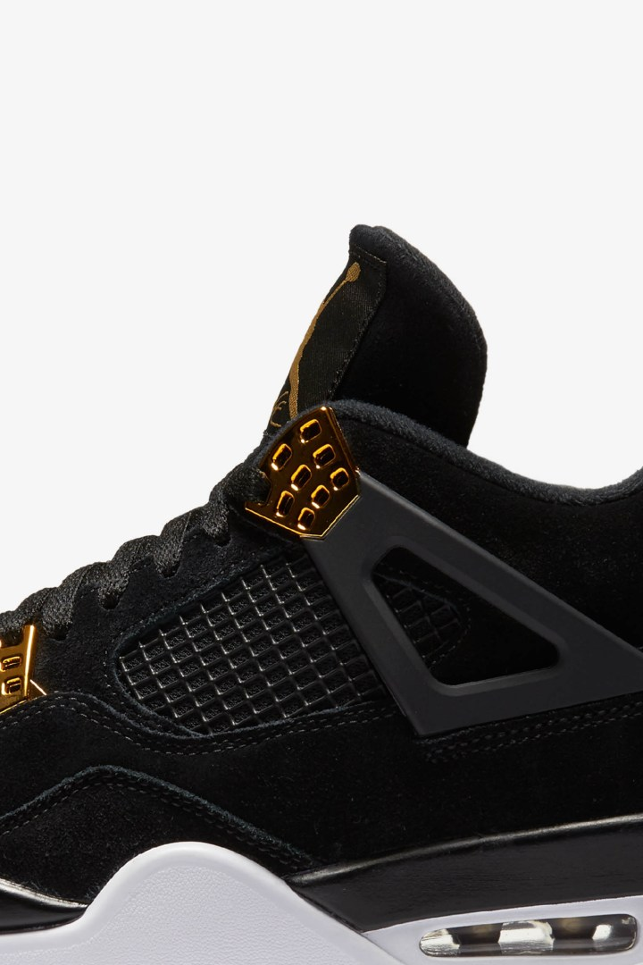 Air Jordan 4 Royalty 9