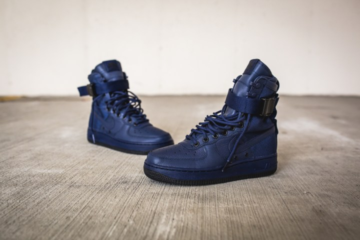 nike wmns sf af1 special field air force 1 binary blue 2