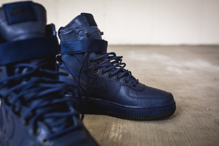 nike wmns sf af1 special field air force 1 binary blue 8