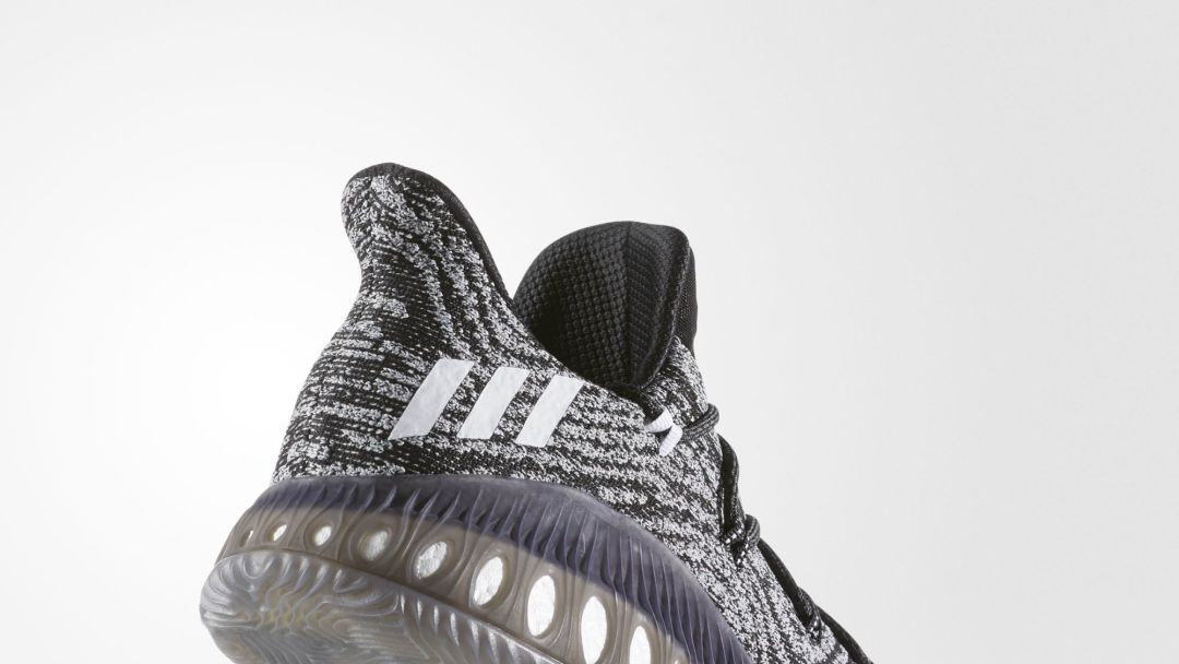 pretty nice a29af d5f3f Adidas Crazy Explosive Low - AW - Lateral Angle