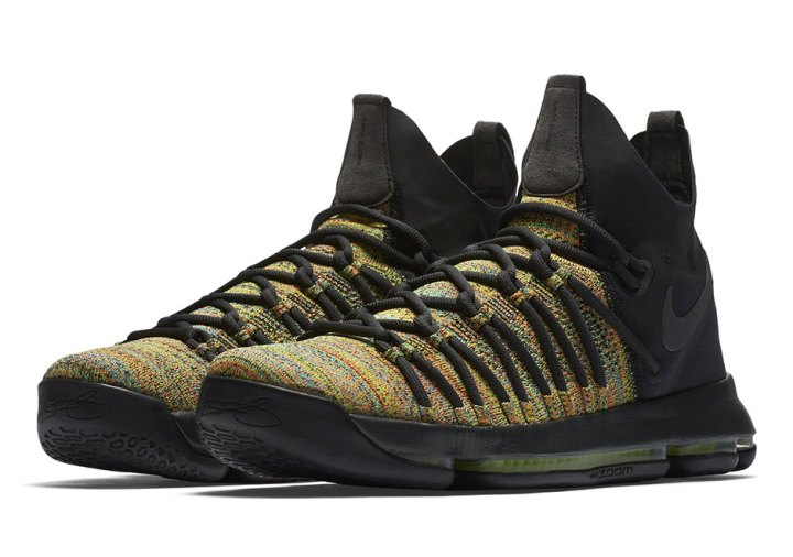 796e7f04e80d Alongside the multicolored Flyknit upper Nike uses hits of black throughout  the laces