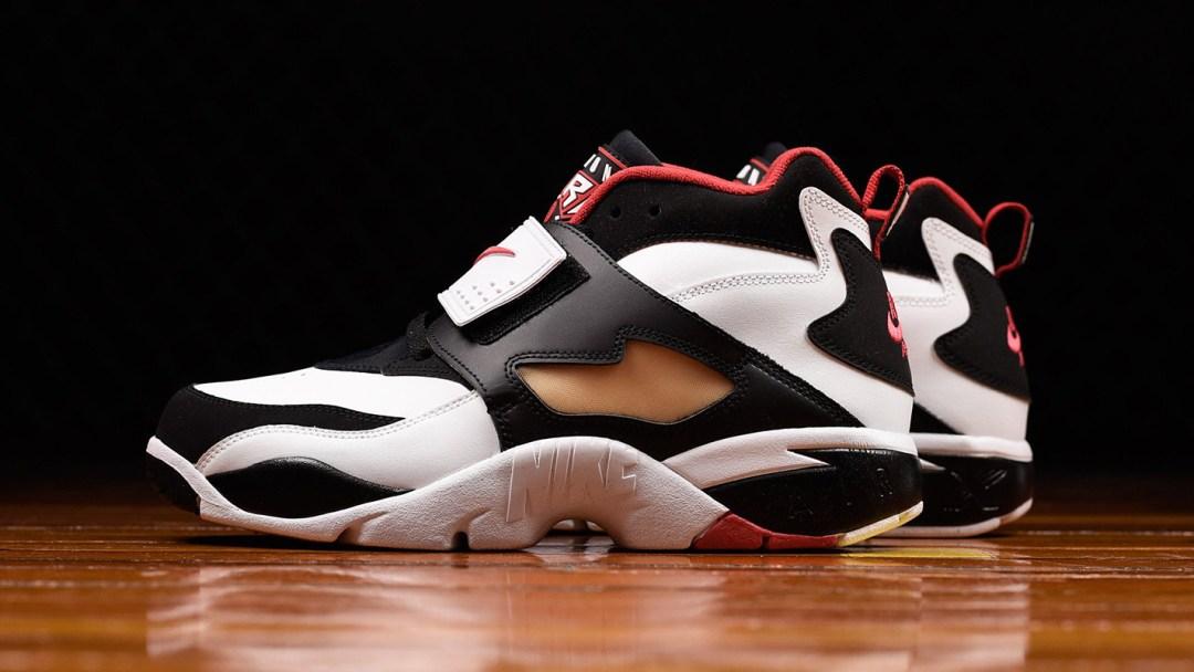 bc7c88b361 Primetime! The Nike Air Diamond Turf is Back - WearTesters