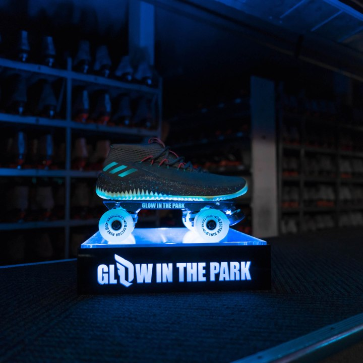 adidas dame 4 glow in the park 1