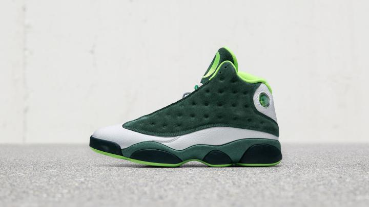 air jordan 13 univeristy of oregon duck friends and family 1