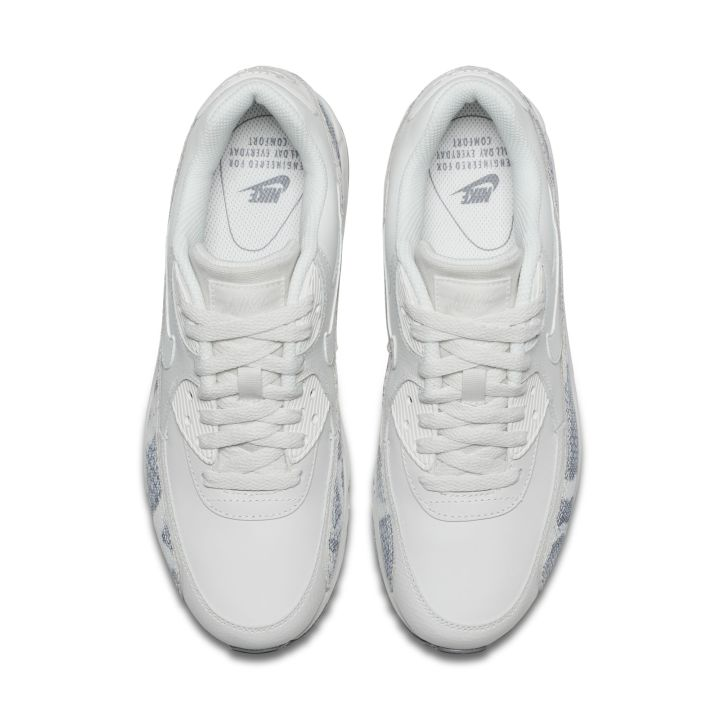 separation shoes 280ee 00f05 The Women s Nike Air Max 90  Pinnacle Pack  Flaunts Snakeskin