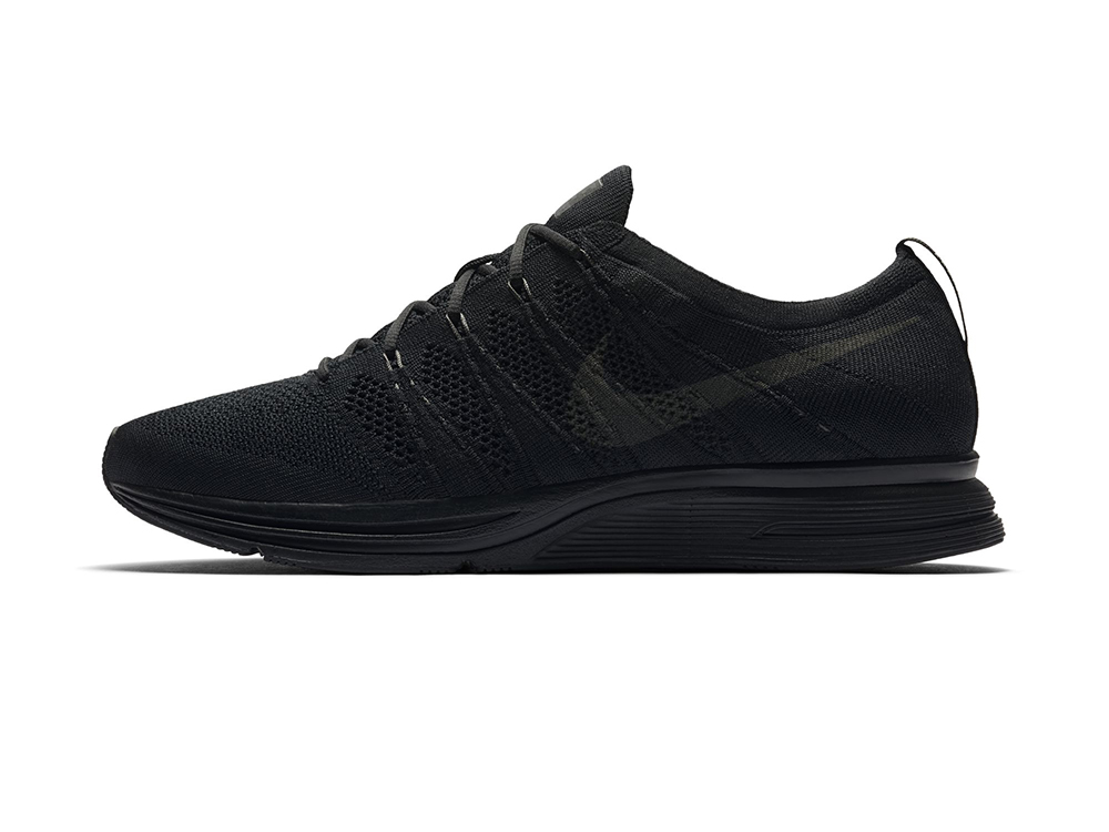 c478d4053cb8b nike flyknit trainer triple black 2 - WearTesters