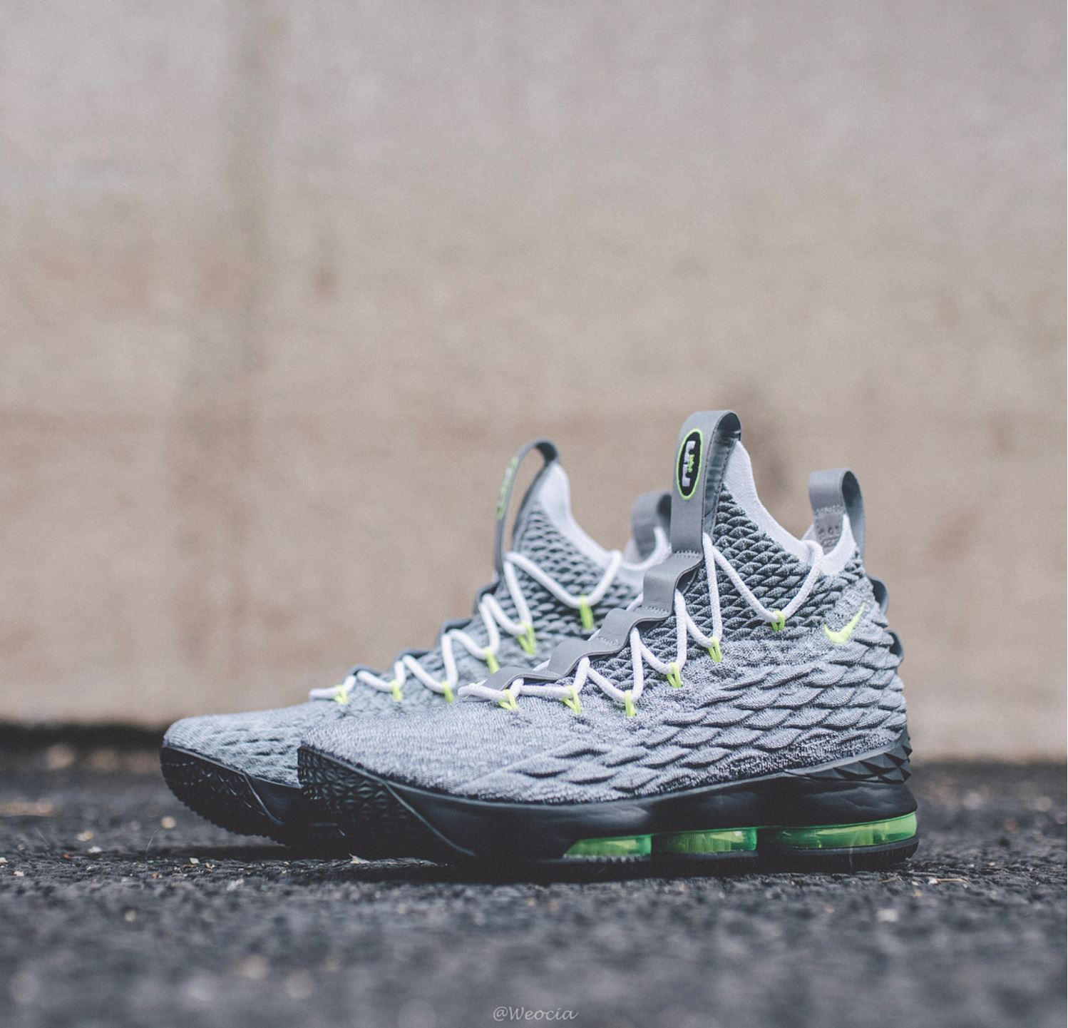 8cc7b30e064 Here s a Detailed Look at the Nike LeBron 15  Neon 95