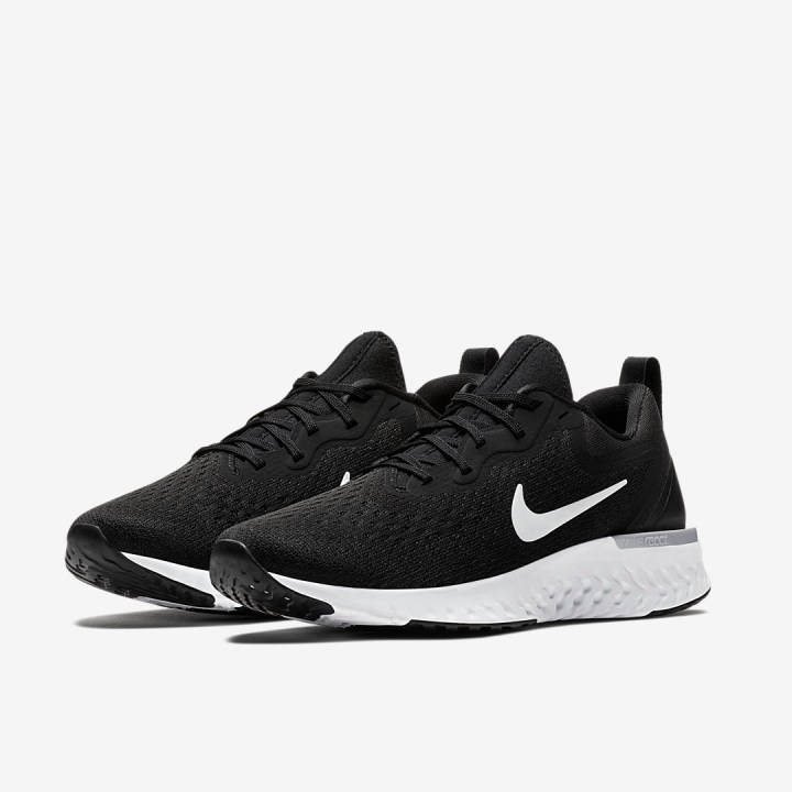 nike odyssey react black white