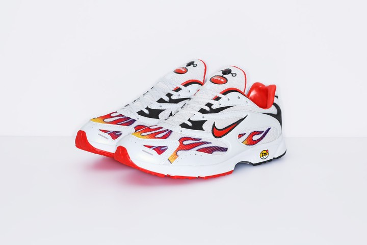 supreme nike air streak spectrum plus white release date