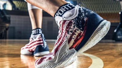 anta KT3 Low 4th of july on foot