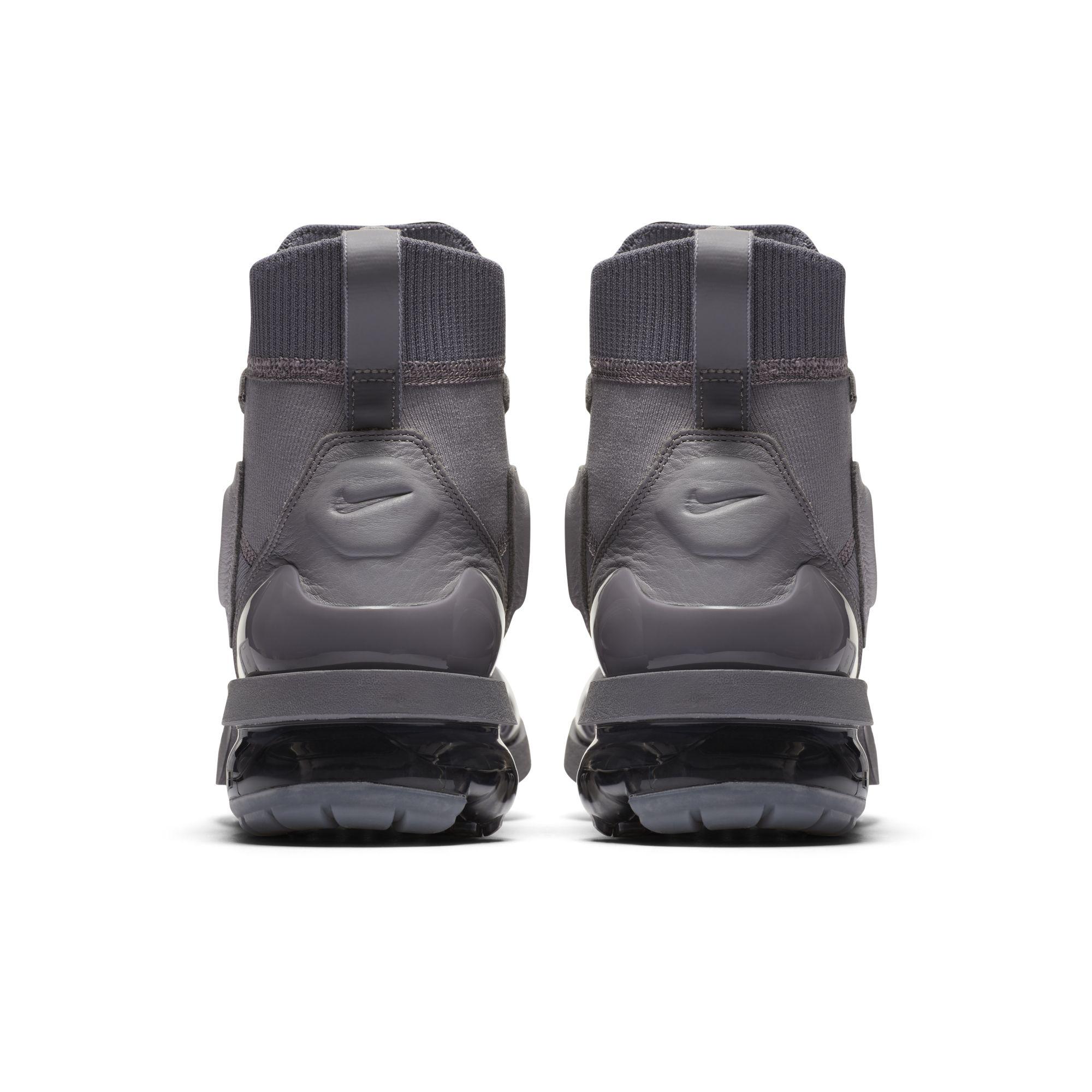 559cfe2319d nike air vapormax light 2 boot heel - WearTesters