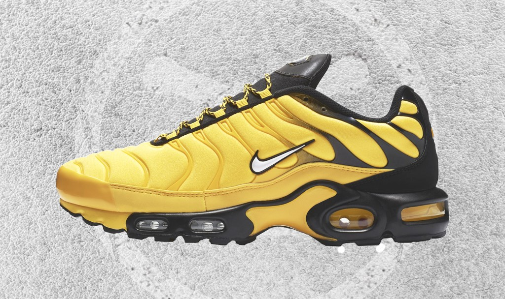 1b25b01f538c NIKE AIR MAX PLUS TOUR YELLOW-WHITE-BLACK FEATURED IMAGE