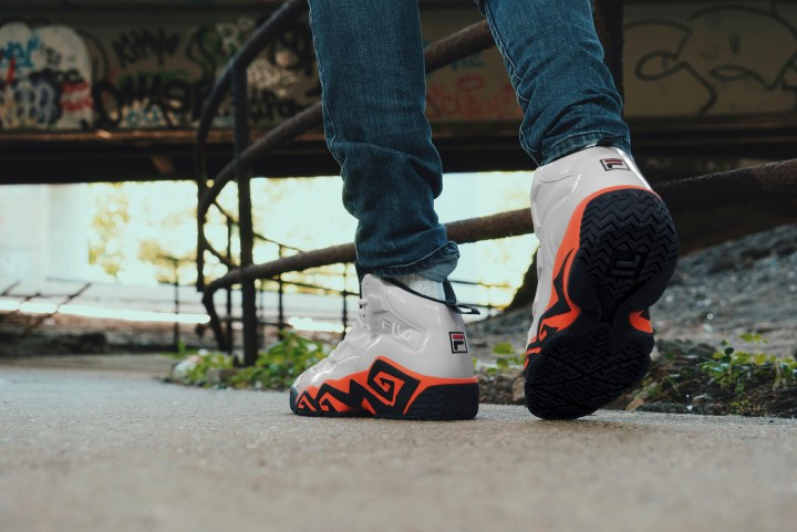 fila mb soaring summer pack on foot