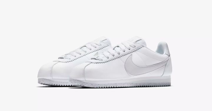 womens nike classic cortez flyleather
