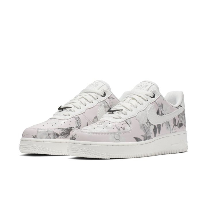 best service bf02c 1839f NIKE WMNS AIR FORCE 1  07 LXX SUMMIT WHITE SUMMIT WHITE-SUMMIT WHITE