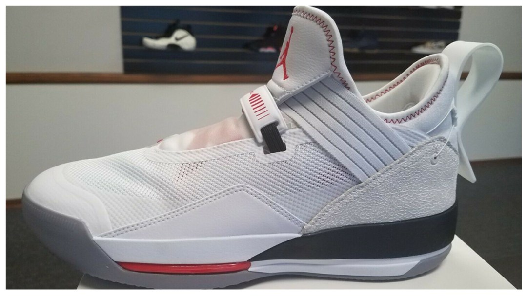 a208b401d421 Did the Air Jordan 33 SE Low Just Make its First Appearance Online ...