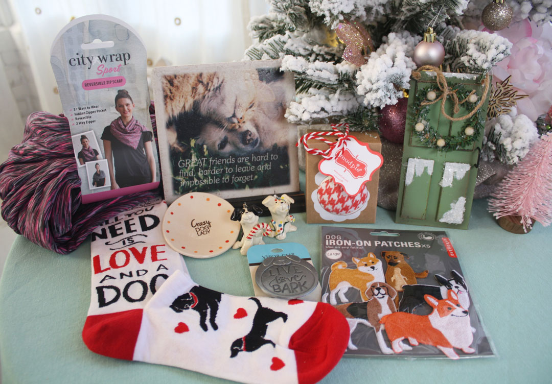 2017 Wear Wag Repeat Gift Guide Journeys of Life