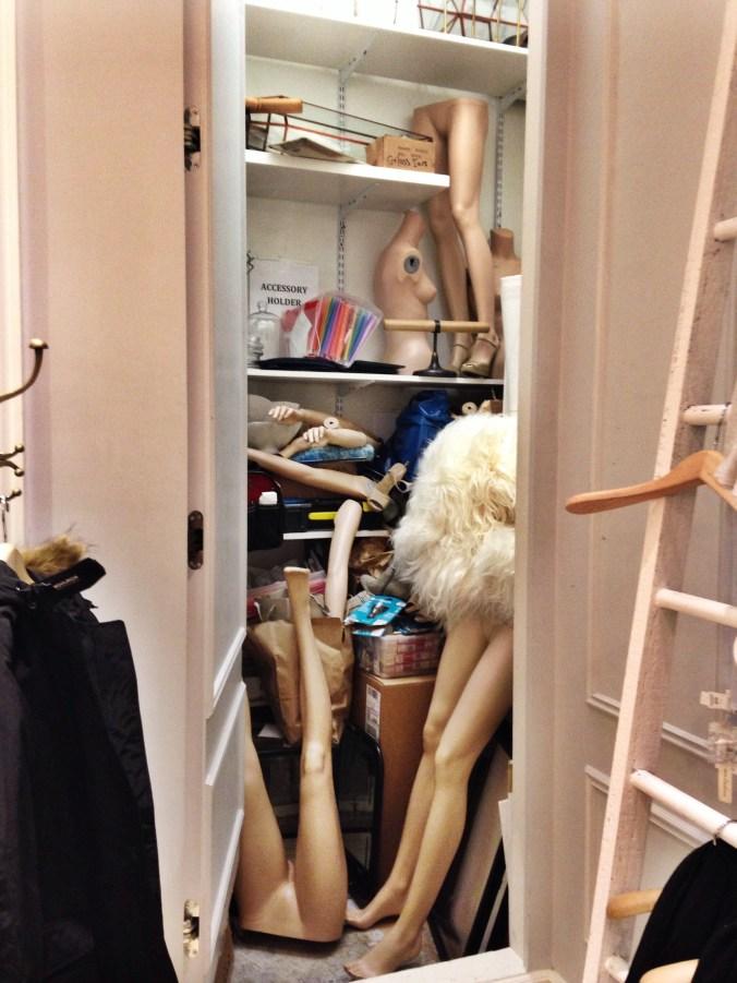Manequin_Room