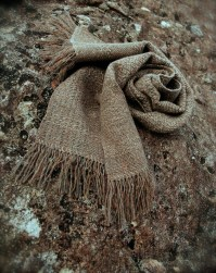 rodolpi-tweed-rabbit-rust-olive-scarf-snail-splay