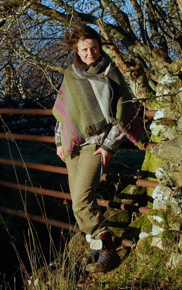 glencoe-heather-shawl-modelled-2