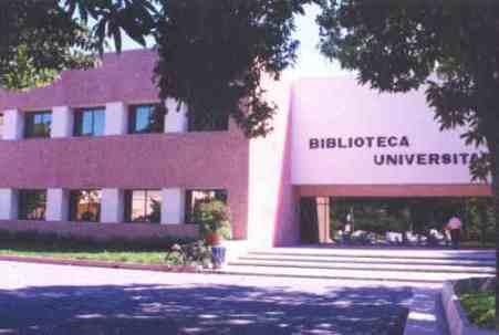 Biblioteca universitaria.