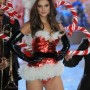 Barbara Palvin en la pasarela de Victoria's Secret