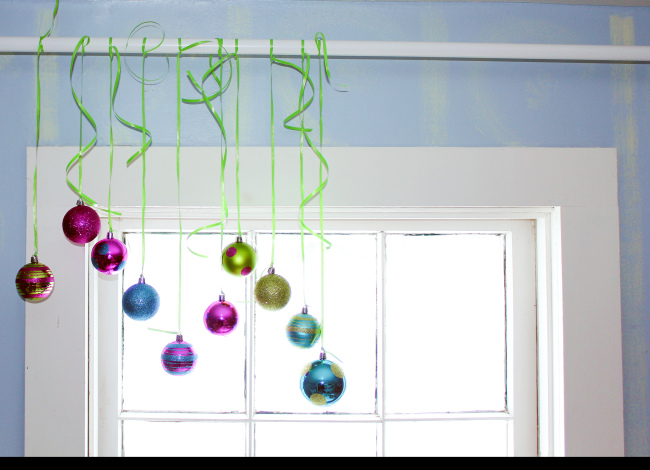 DIY Christmas Ornament Valance