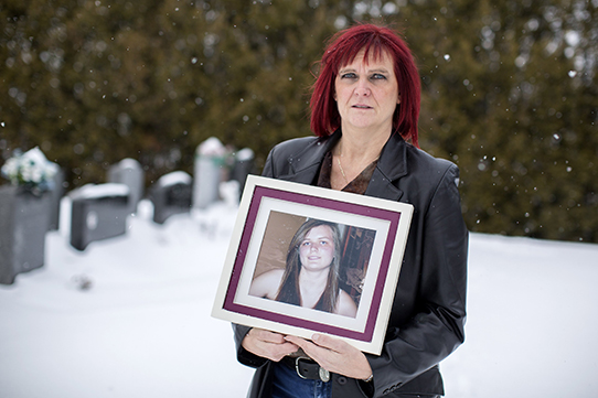 Linda Morin's 14-year-old daughter Annabelle died two weeks after receiving the second injection of the vaccine Gardasil.